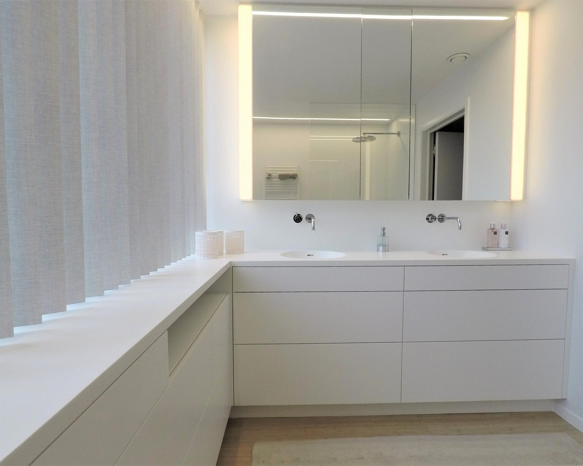 Alles Voor Badkamer : Badkamer mobitim corian design