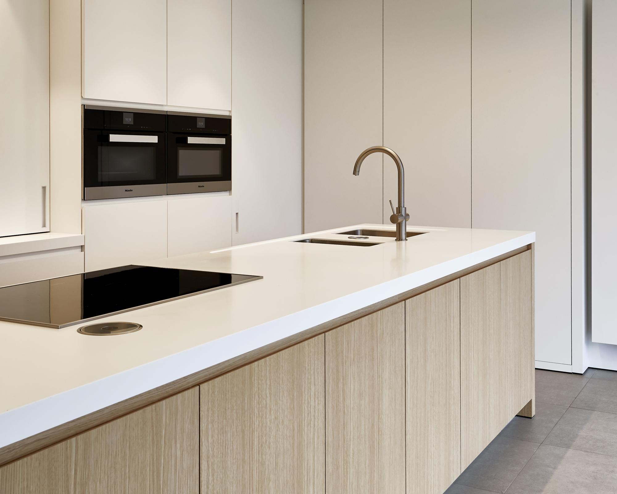 Wonderbaarlijk Keuken   Mobitim - Corian Design SL-38
